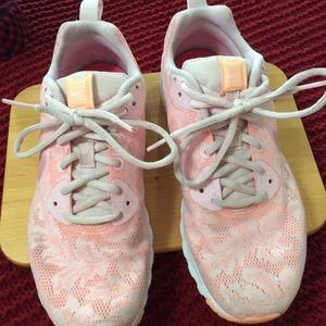 Nike Women's Sneakers 8